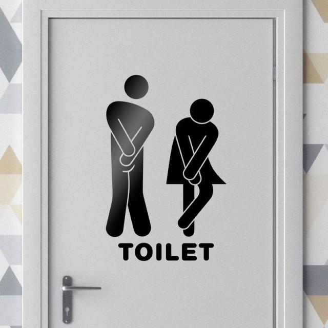Constrangimento de pedir autorização para ir ao banheiro motiva indenização