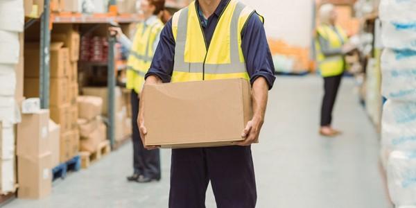 Trabalhador será indenizado por adoecer carregando excesso de peso