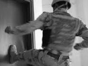 Casal será indenizado por ter residência invadida por engano em operação policial