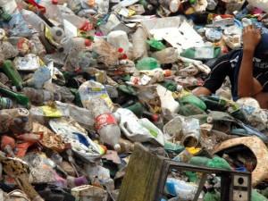 Empresa de coleta de lixo é condenada por condições degradantes de trabalho