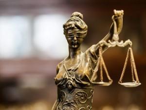 Homem que ofendeu ex-esposa em seu local de trabalho é condenado por danos morais